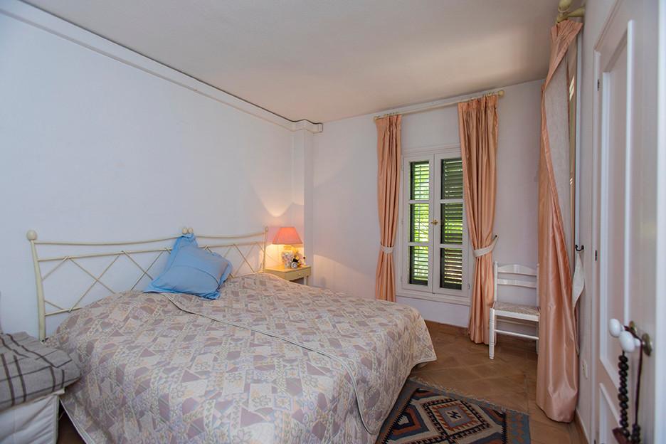 2 Dormitorio Apartamento en venta Elviria