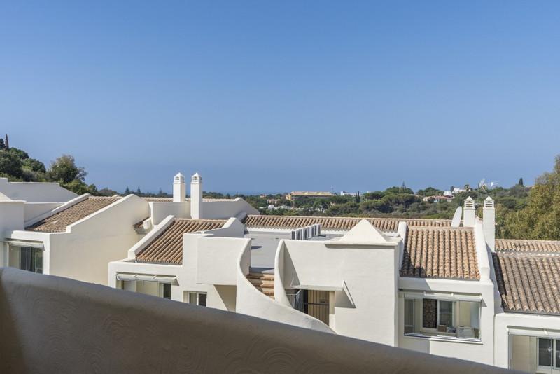 Apartamento Planta Media en venta en Elviria – R3461971