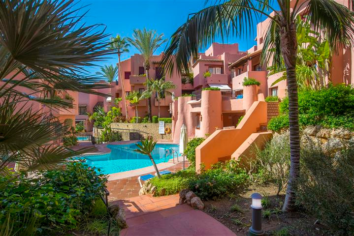 Apartment in Jardines de Don Carlos, beachside, with two bedrooms and two bathrooms. This property i,Spain