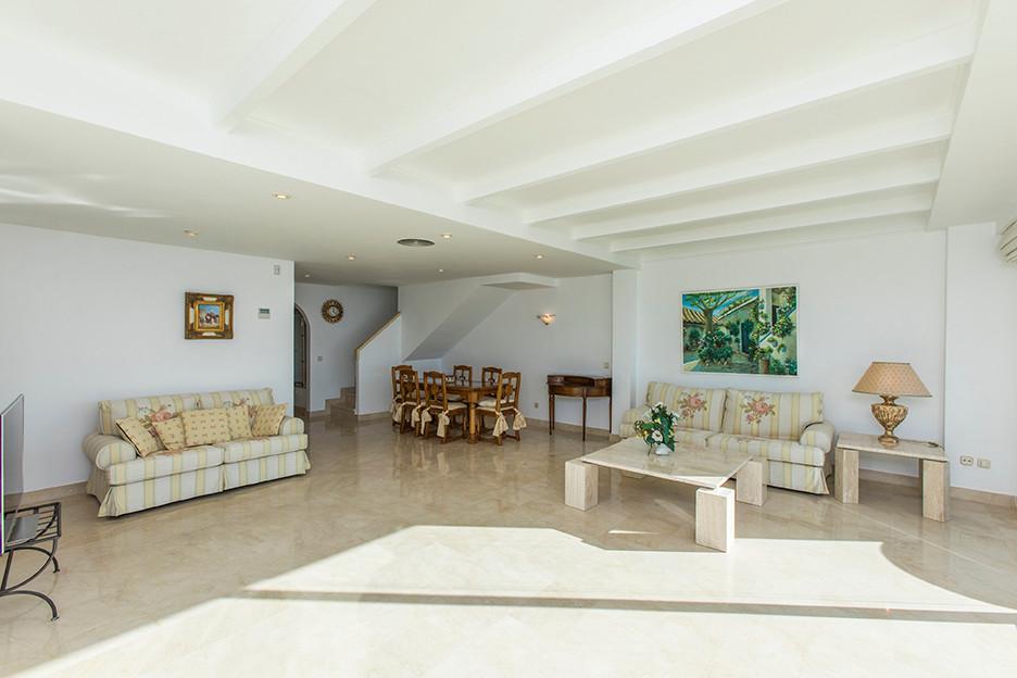 Ático en Venta en Elviria – R3075586
