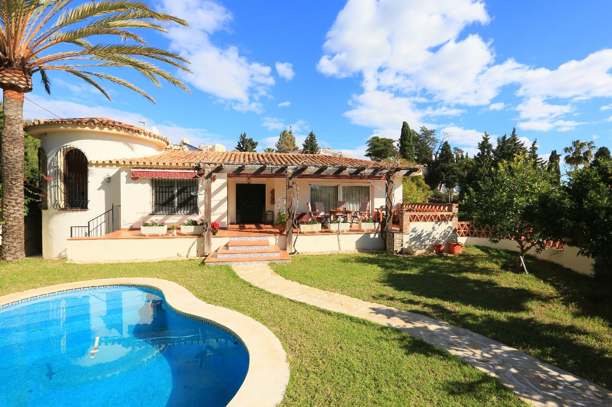 Villa which has been totally renovated in 2010 with lovely seaviews, private garden and pool. The ma,Spain