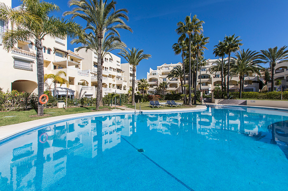 Wonderful apartment on a second floor in White Pearl Beach II, only a few meters away from the sandy,Spain