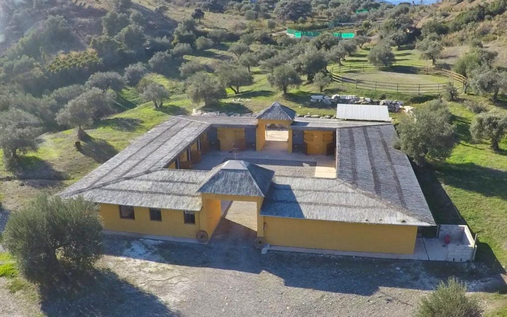 Villa 10 Dormitorios en Venta Coín