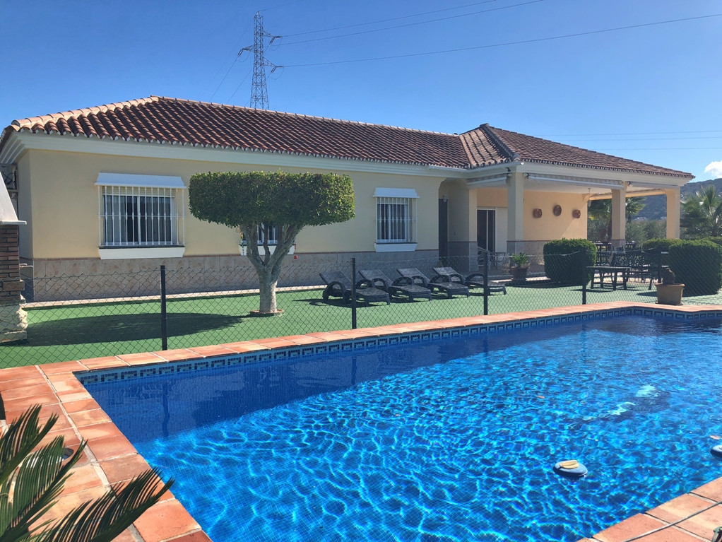 Lovely 3 bedroom Finca, all on one level, located just outside Coin in an elevated position, fully f,Spain