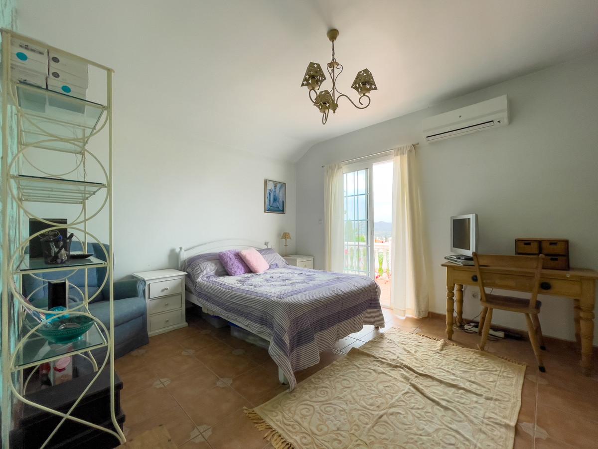 House in Alhaurín de la Torre R3226945 40
