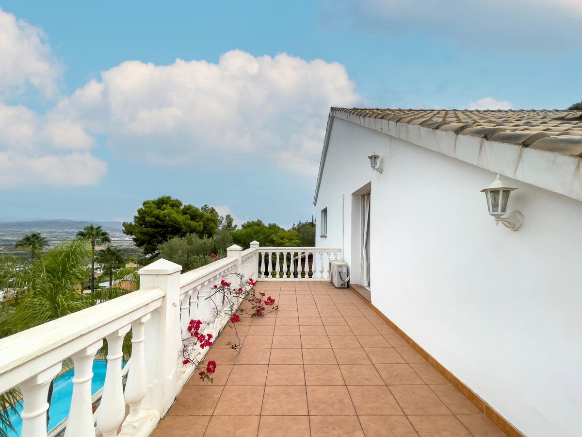 House in Alhaurín de la Torre R3226945 44