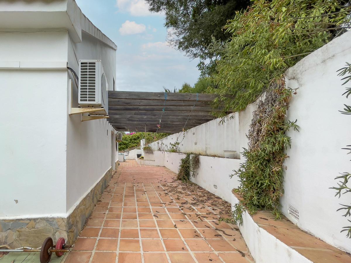 House in Alhaurín de la Torre R3226945 52