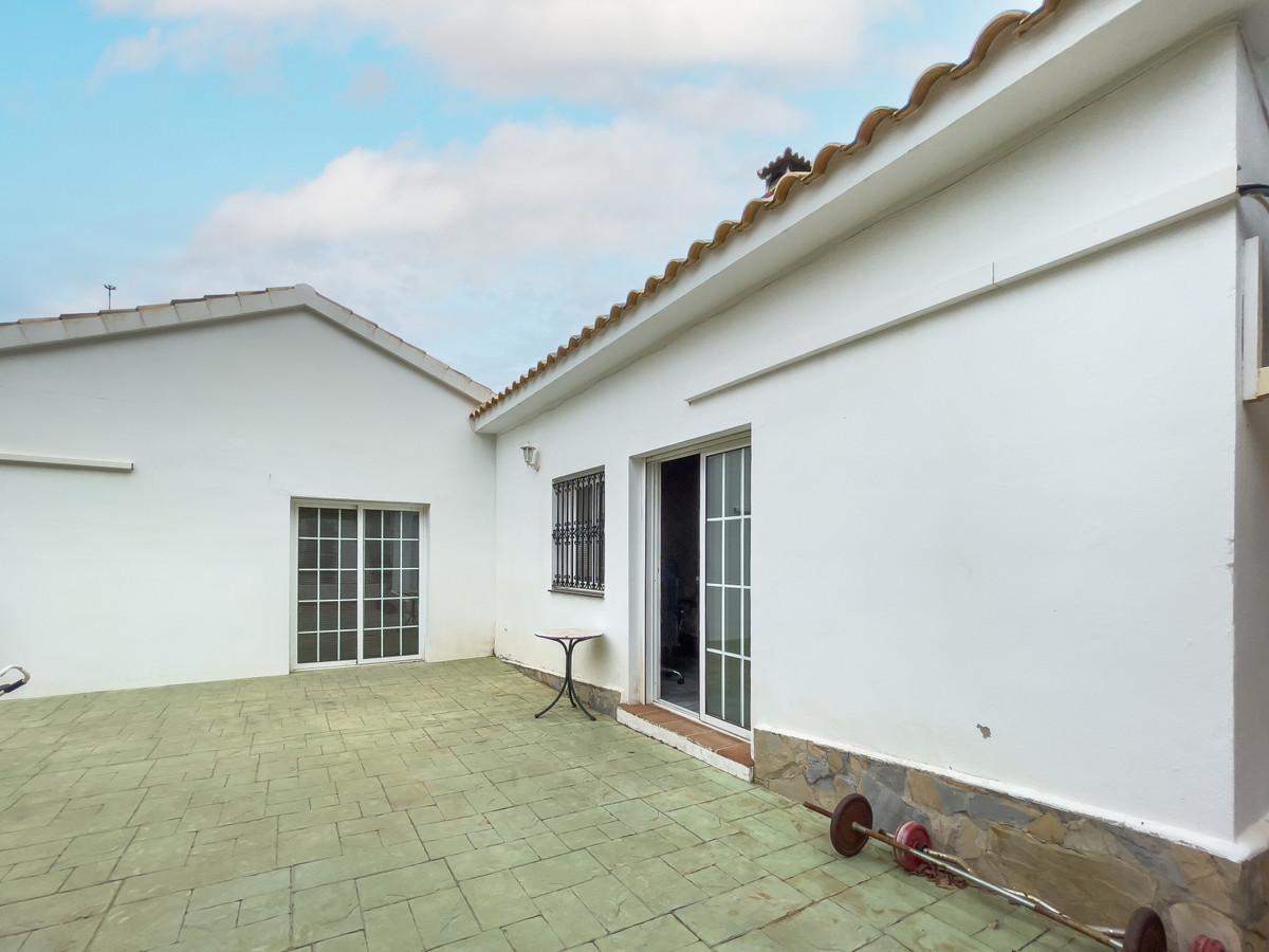 House in Alhaurín de la Torre R3226945 53