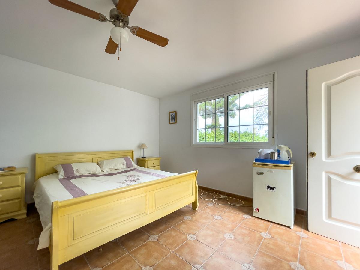 House in Alhaurín de la Torre R3226945 58