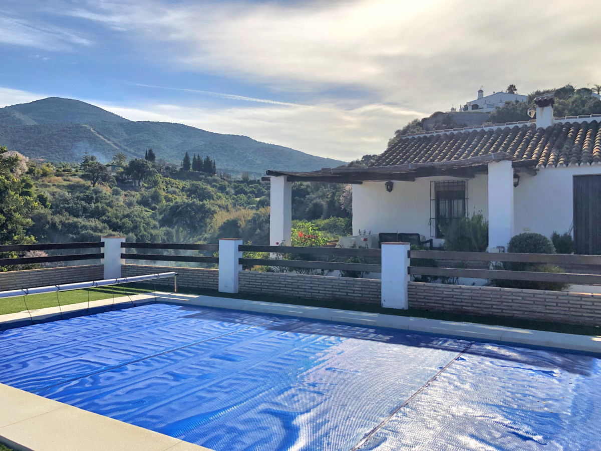Beautiful gem of a Finca on the outskirts of Alhaurin el Grande with stunning views. The house was r,Spain