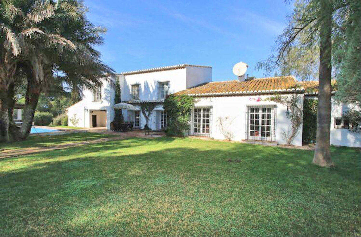 This stunning 6 bedroom Cortijo is steeped in history dating back over 200 years. While retaining th, Spain
