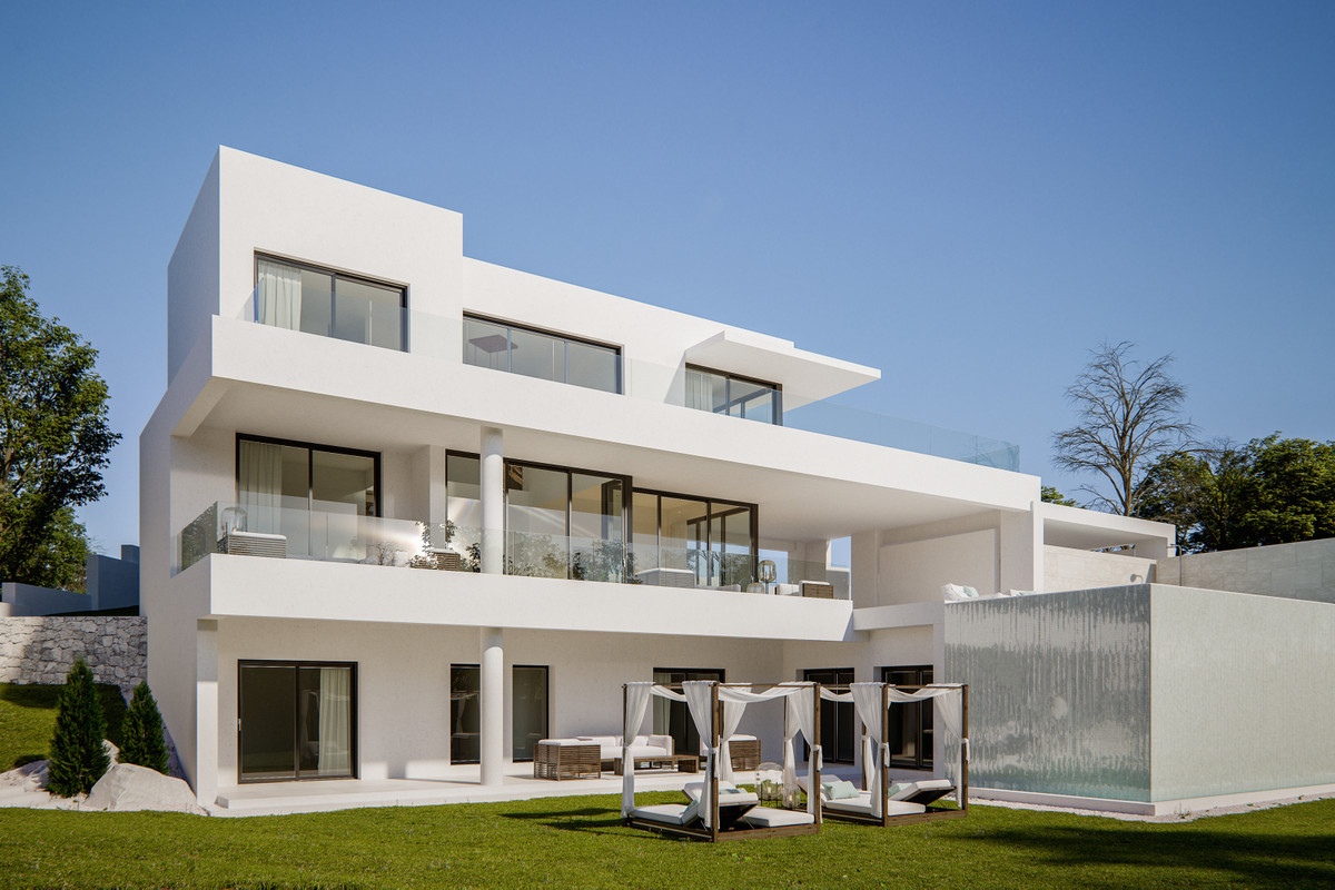 THE HOUSE  Wonderful modern Villa with 4 bedrooms, 4 bathrooms and 1 toilet. Fully equipped kitchen,,Spain