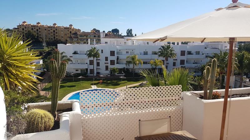 Apartments for sale Alcazaba Beach 25