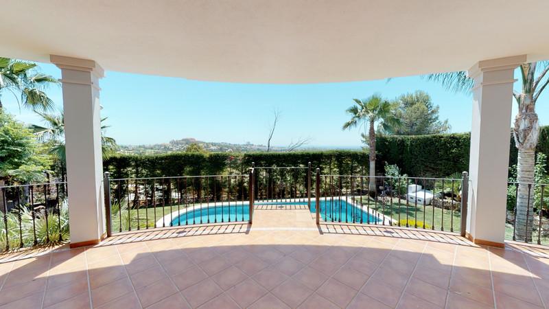 Villa – Chalet en venta en La Quinta – R3426496
