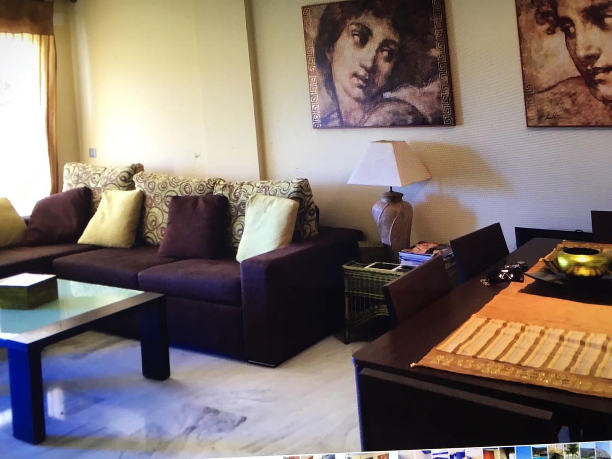Marbella Banus Apartamento en Venta en Benahavís – R2982272