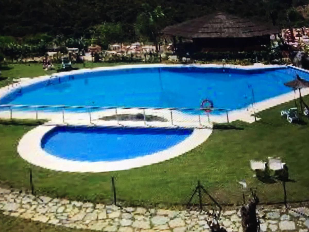 Apartamento en Venta en Benahavís – R2982272