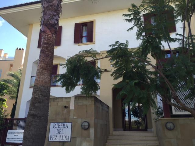 Apartamento Planta Media en venta, Sotogrande Marina – R2553617