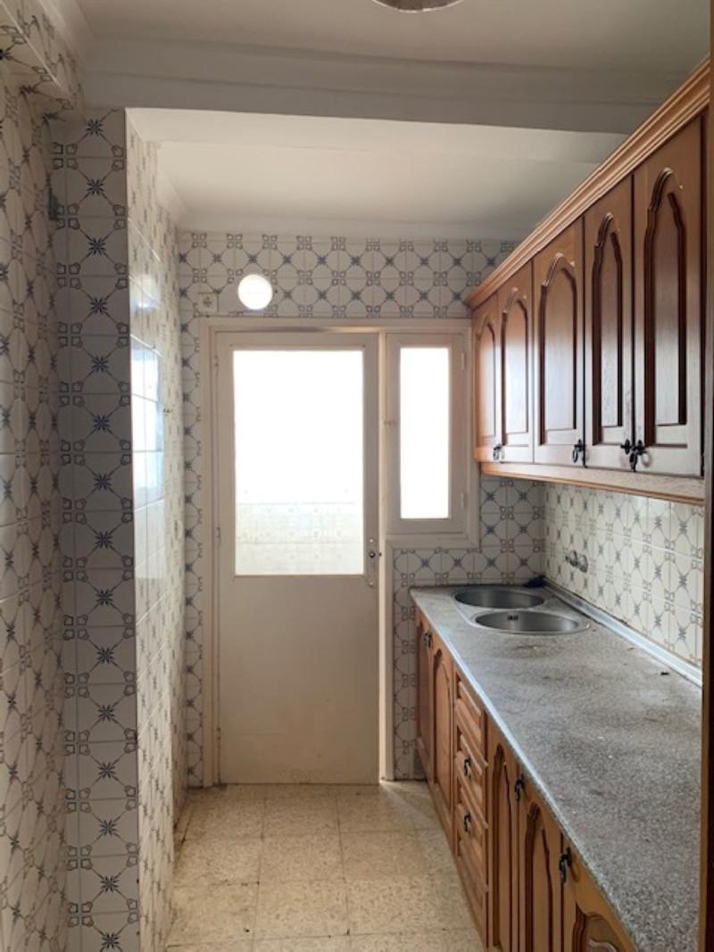 Middle Floor Apartment - Estepona - R3503539 - mibgroup.es
