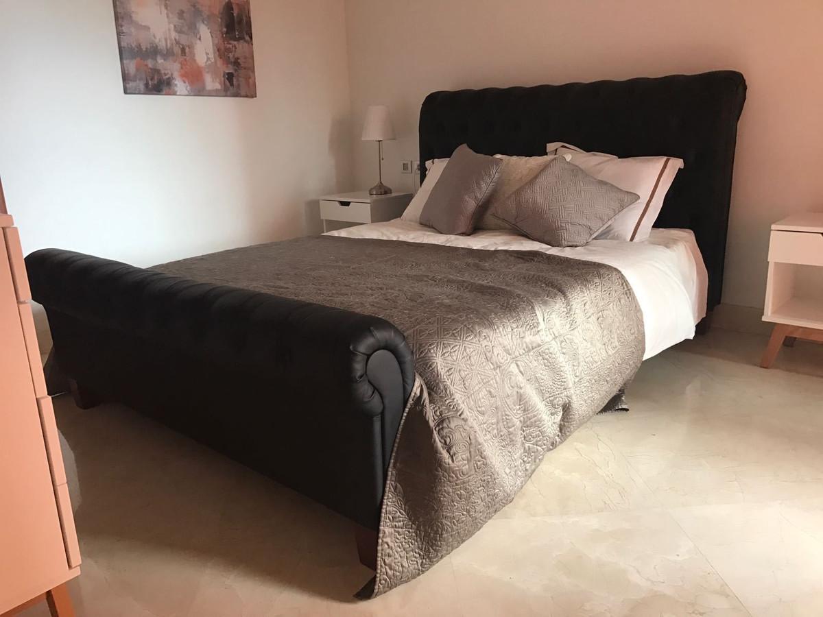 Apartamento en Venta en New Golden Mile – R2640542