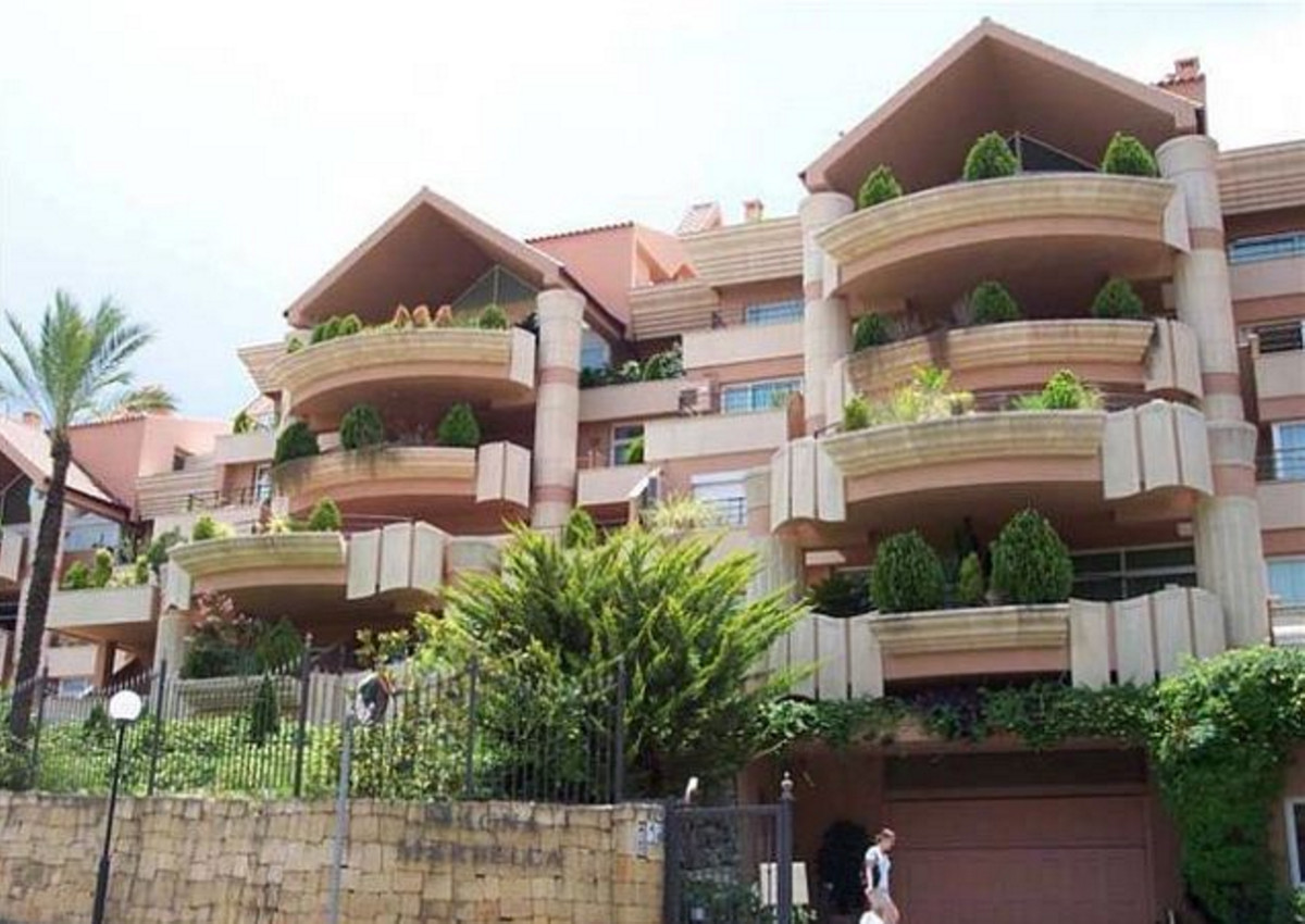 INVESTMENT OPPORTUNITY !!! REDUCED FROM 350.000€ to 295.000€ FOR A QUICK SALE !!!  Commercial proper,Spain