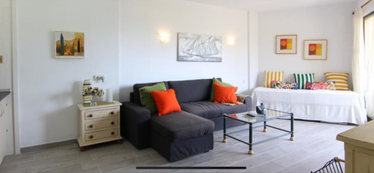 Long Term Rental - Middle Floor Studio - Estepona - 1 - mibgroup.es
