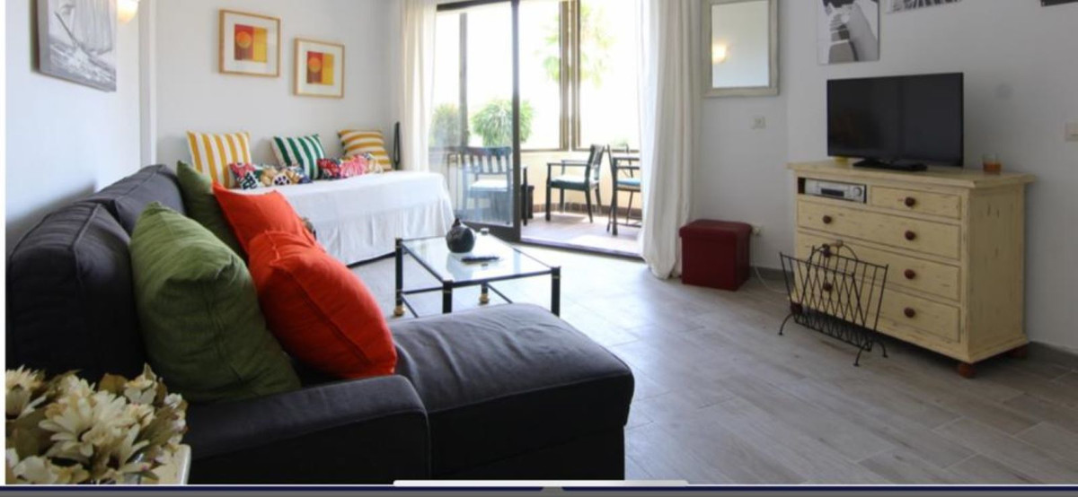 Long Term Rental - Middle Floor Studio - Estepona - 3 - mibgroup.es