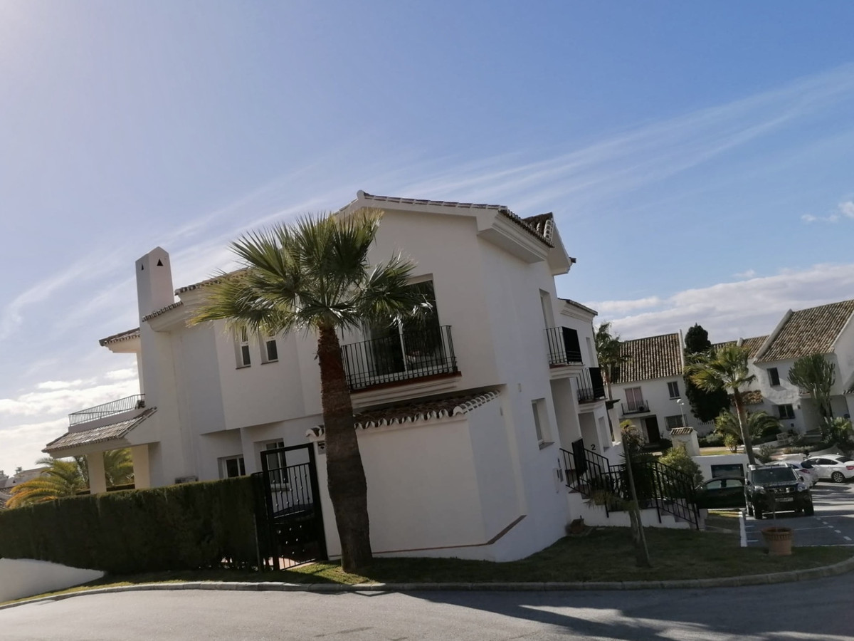 A beautifully presented corner Townhouse located within the prestigious and gated complex of Estrell, Spain