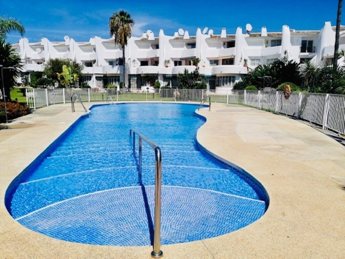 Magnificent duplex apartment in a excellent location only a few steps from the beach and the boardwa, Spain