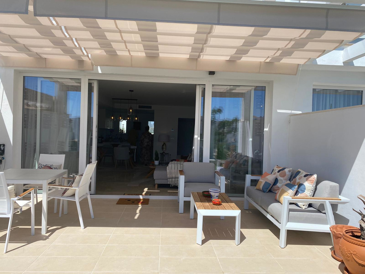 Impressive brand new townhouse in Calahonda This spacious and modern 4 bedroom townhouse has been bu,Spain