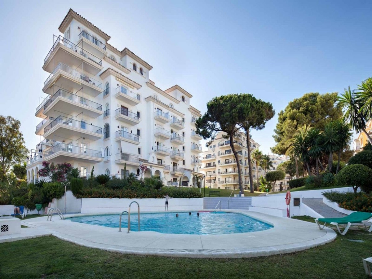 Impressive ground floor apartment in the heart of Puerto Banus, in a first line of the beach luxury , Spain
