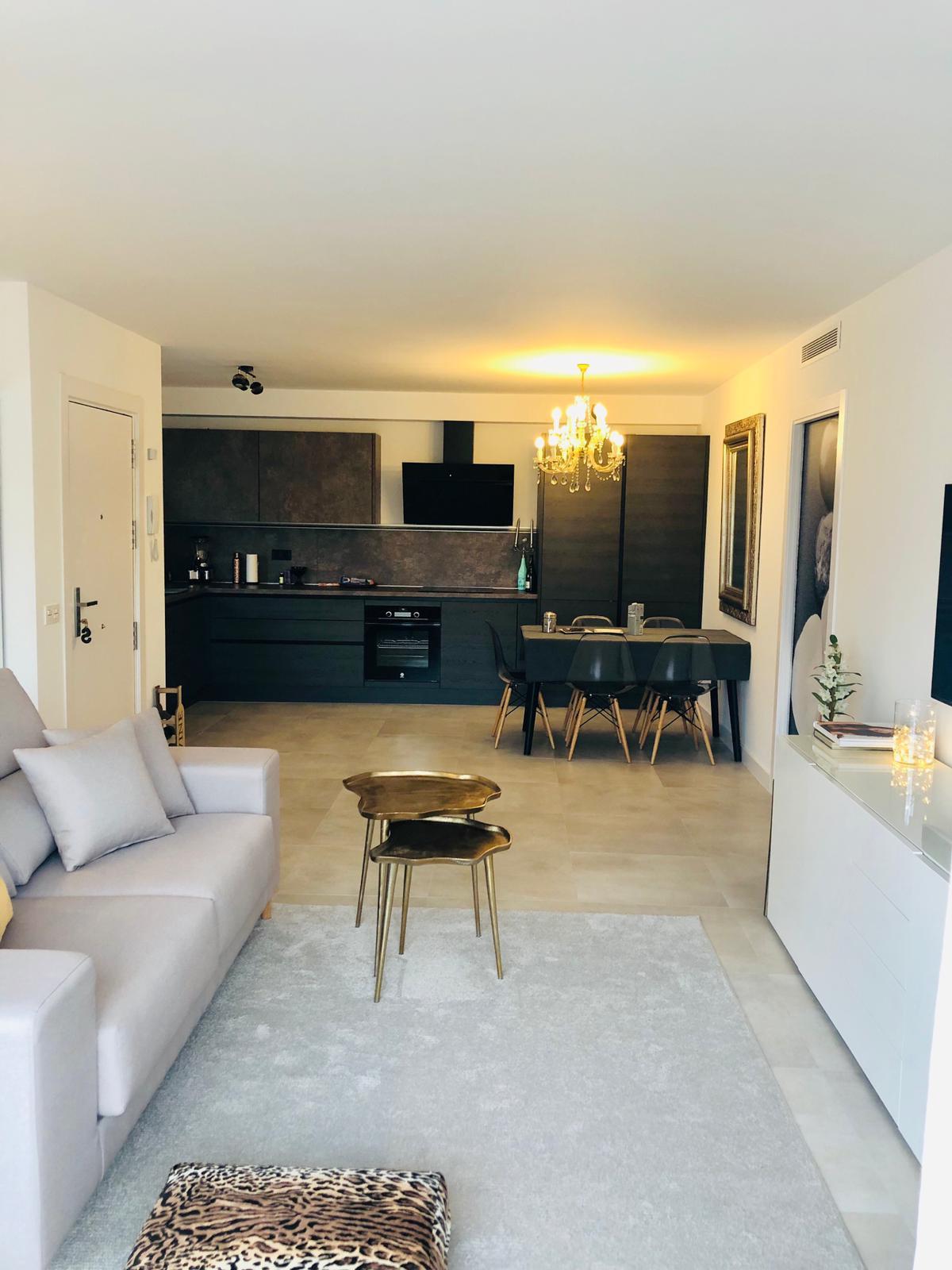 Marbella Banus Apartamento Planta Media en Venta en Nueva Andalucía – R3719435
