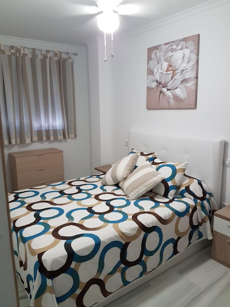 Marbella Banus Apartamento Planta Media en venta en Los Boliches – R3557269