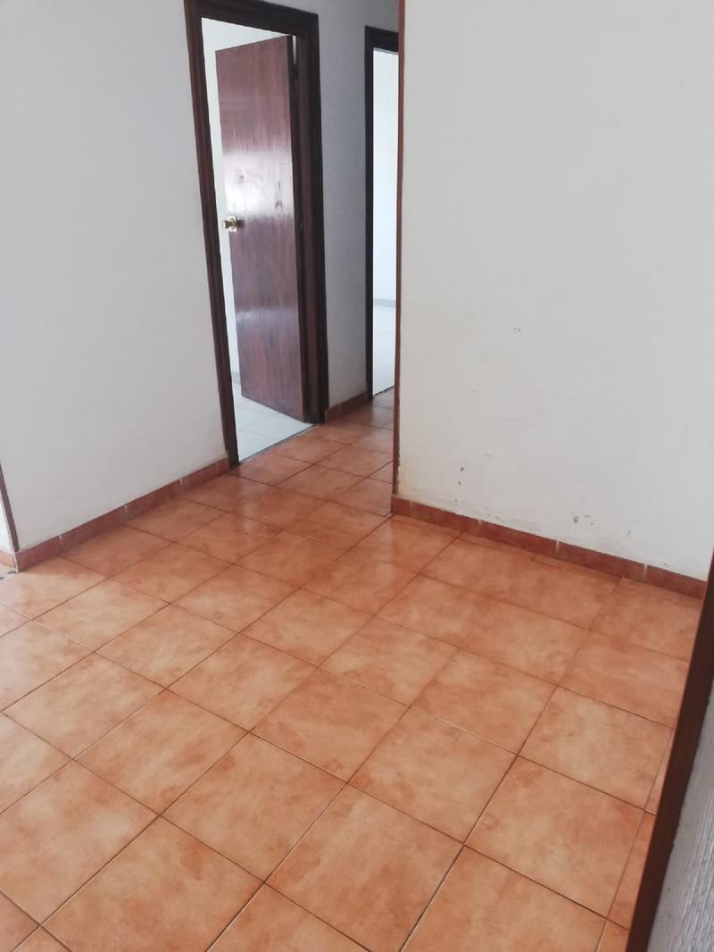 Middle Floor Apartment in Málaga Centro