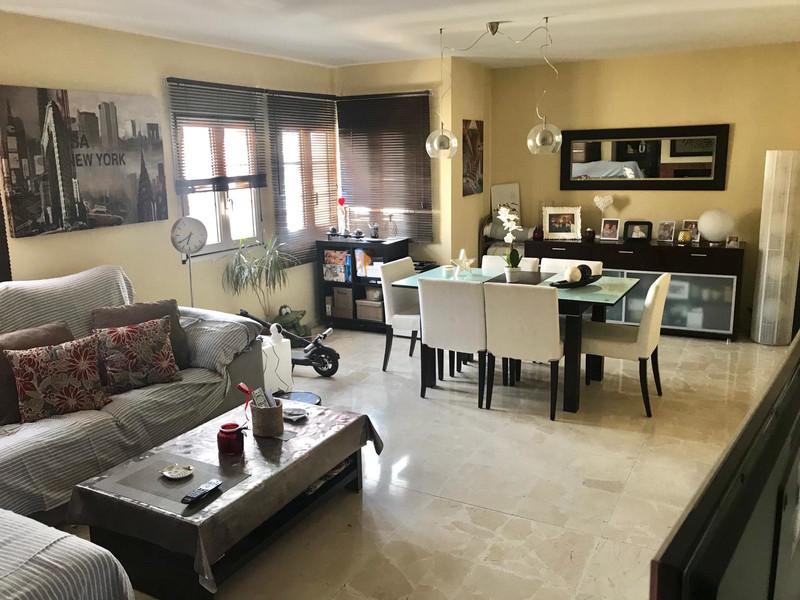 Marbella Banus Apartamento Planta Media en venta en Málaga – R3662480