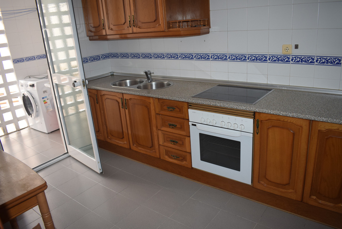 Middle Floor Apartment, Malaga less than 1mn walking historic Centre !, Costa del Sol. 2 Bedrooms, 1,Spain