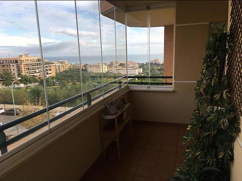 Apartamento Planta Media a la venta, El Pinillo – R3550165