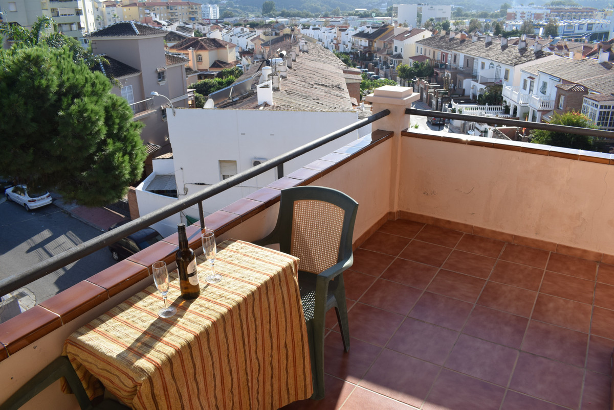 Opportunity! Penthouse, Fuengirola, Costa del Sol. 1 Bedroom, 1 Bathroom, Built 66 m2;, Terrace 68 m, Spain