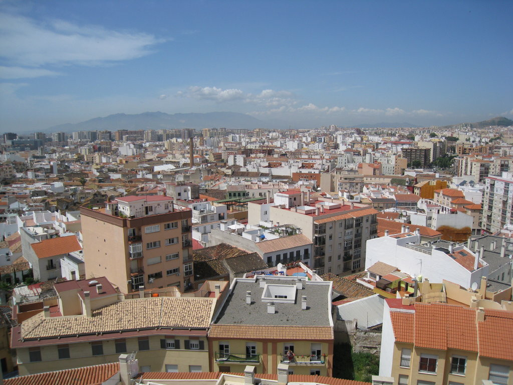7th Floor Apartment, Malaga 4mn walking historic Centre, Costa del Sol. 3 Bedrooms, 1 Bathroom, Buil, Spain