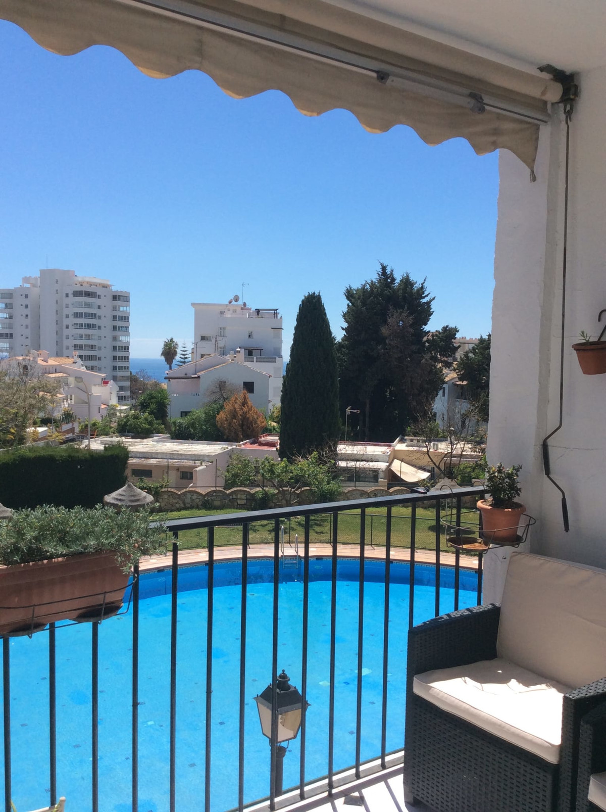 Middle Floor Apartment for sale in Benalmadena R3537217