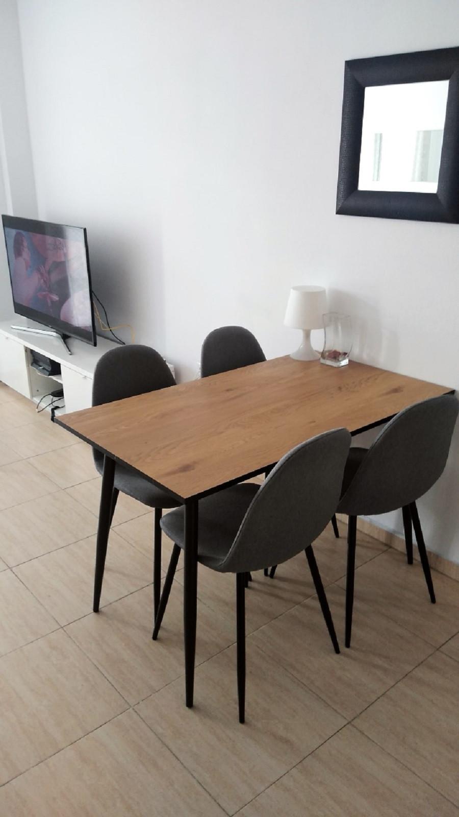 Middle Floor Apartment for sale in Las Lagunas R3543076