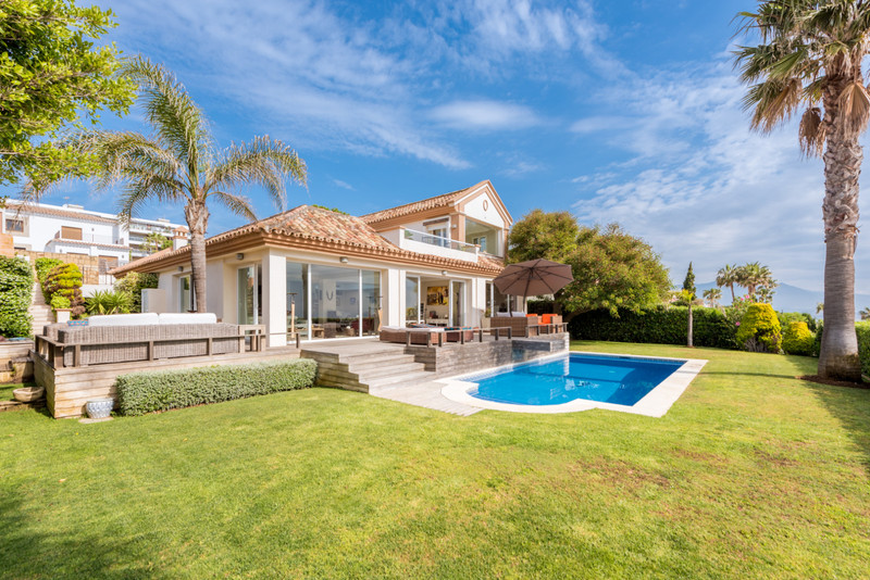 Villa – Chalet en venta en Manilva – R3360970