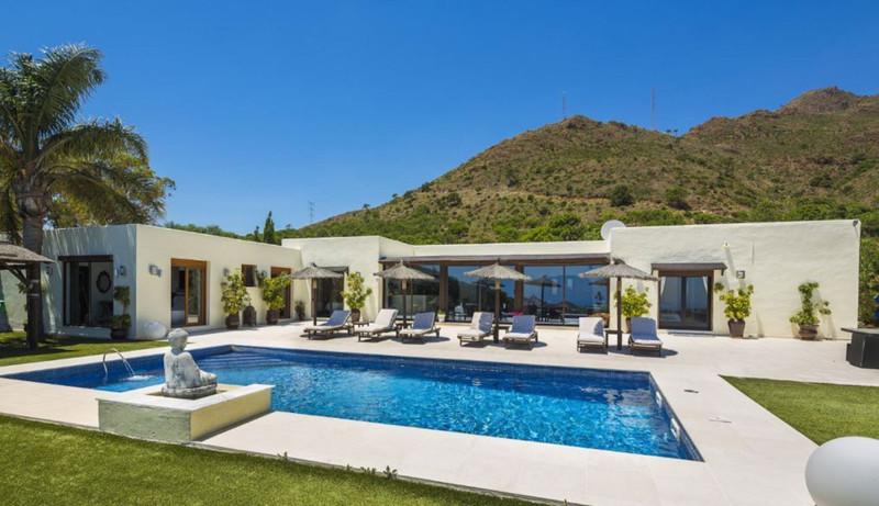 Marbella Banus Villa – Chalet en venta, Estepona – R3374713