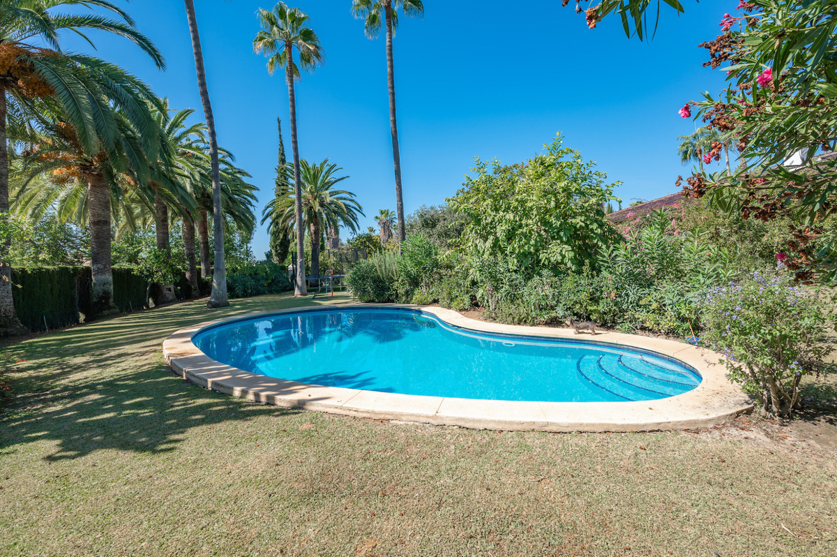 Villa Independiente en The Golden Mile, Costa del Sol