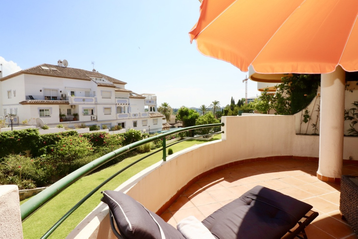 Immaculately presented duplex apartment with east and west orientation too in Nueva Andalucia, just , Spain