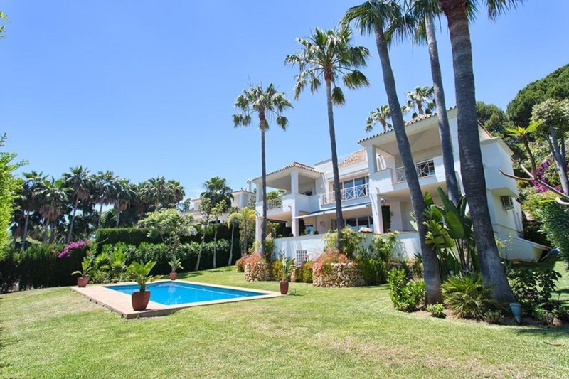 Marbella Banus Villa – Chalet, Marbella – R3510994