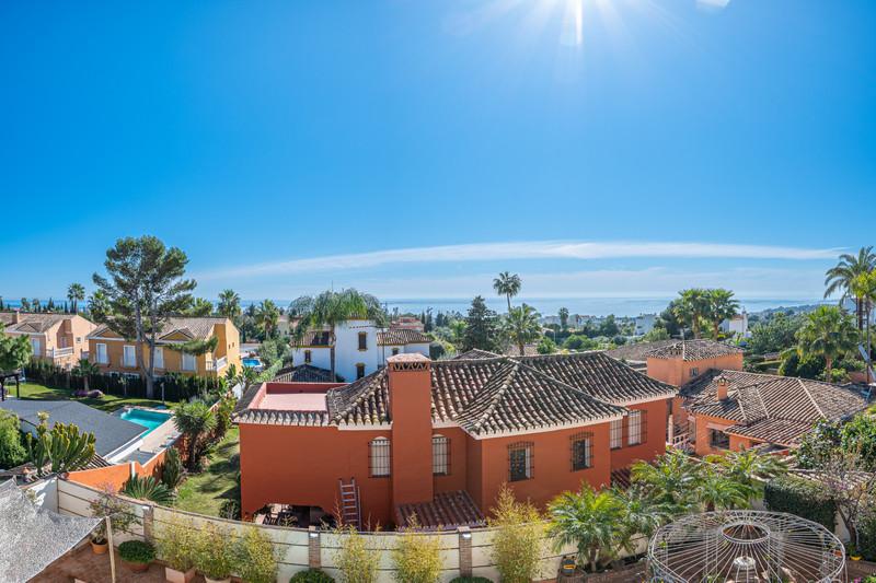 Villa – Chalet en venta en Marbella – R3362131