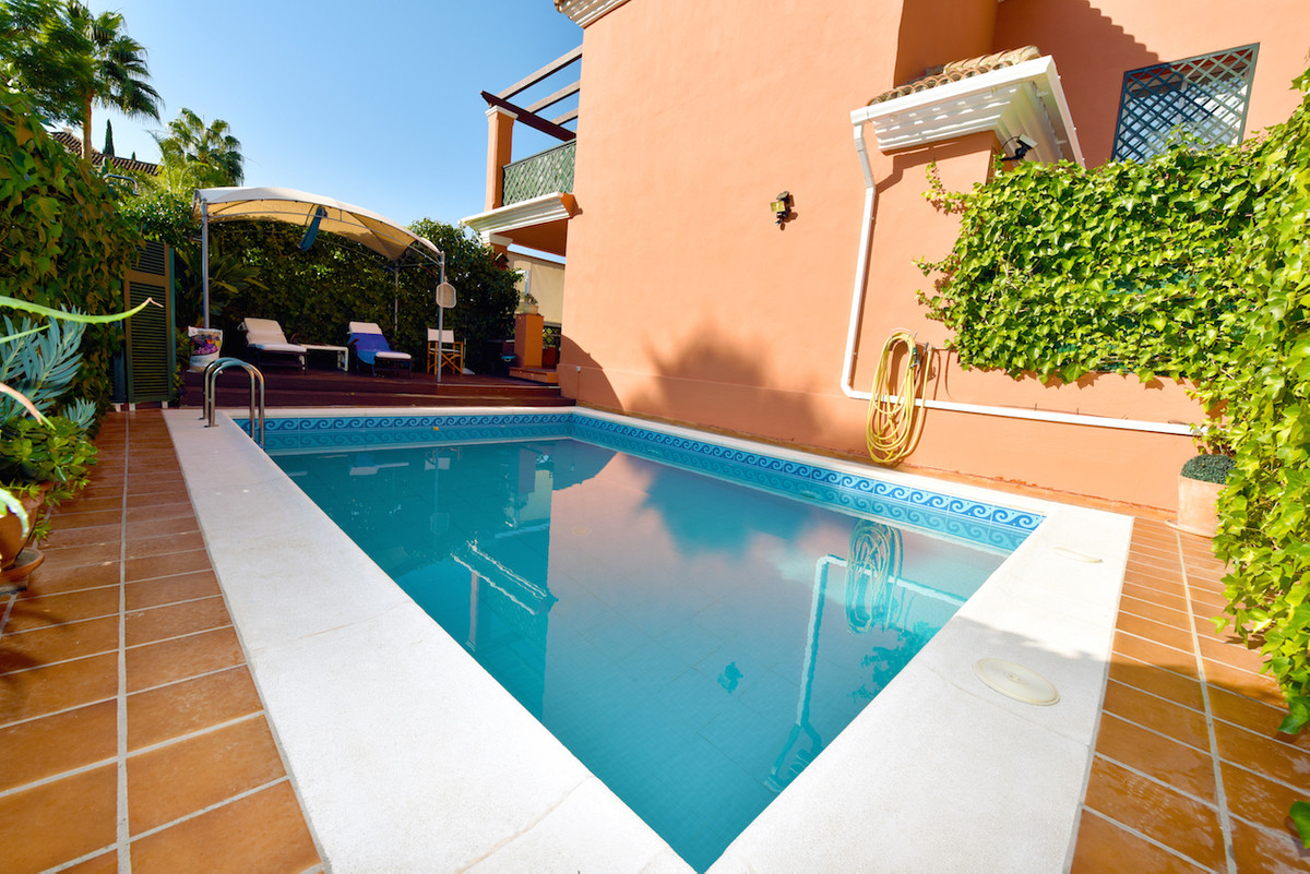 3 bedroom townhouse with private pool. Brisas del Sur is a beautiful Andalucian style complex with 5,Spain