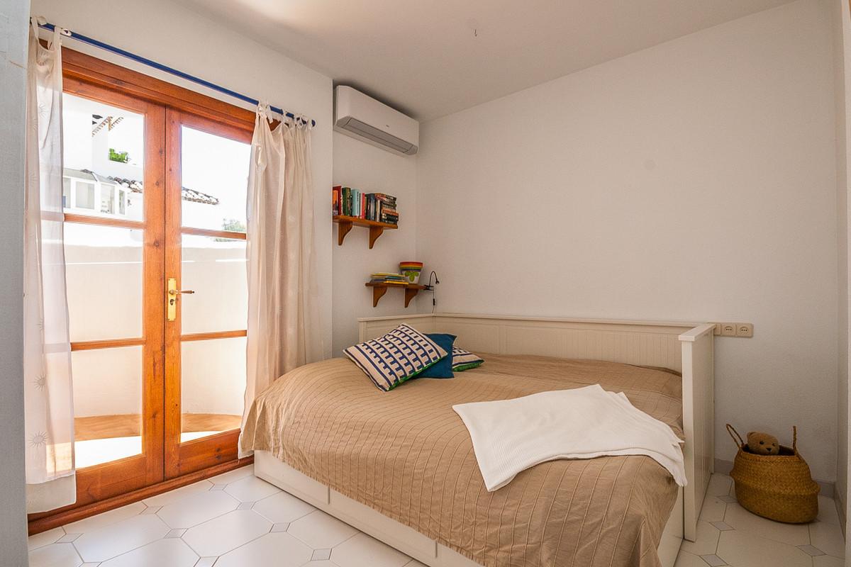 Apartamento en Venta en Calahonda – R3892834