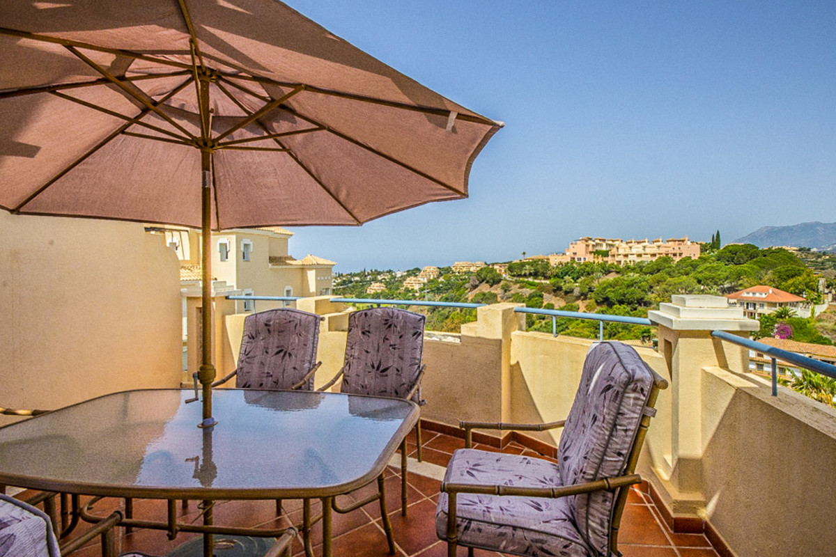 Amazing 2 bedrooms duplex penthouse on the top of Colorado Hills Complex with stunning views to Gibr, Spain