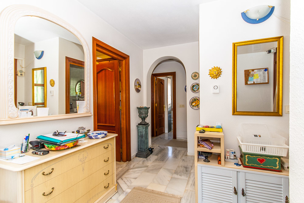 House in La Cala R3313777 10